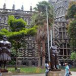 Arte e natureza nas praças de Medellín
