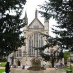 Catedral de Winchester: Jane Austen, uma superstição inglesa e um capacete de mergulho