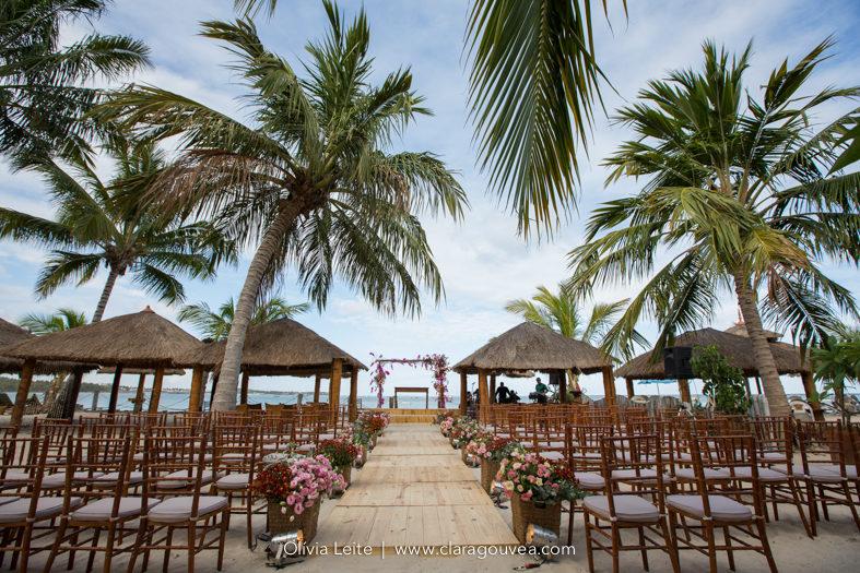 Decoração casamento na Praia dos Carneiros