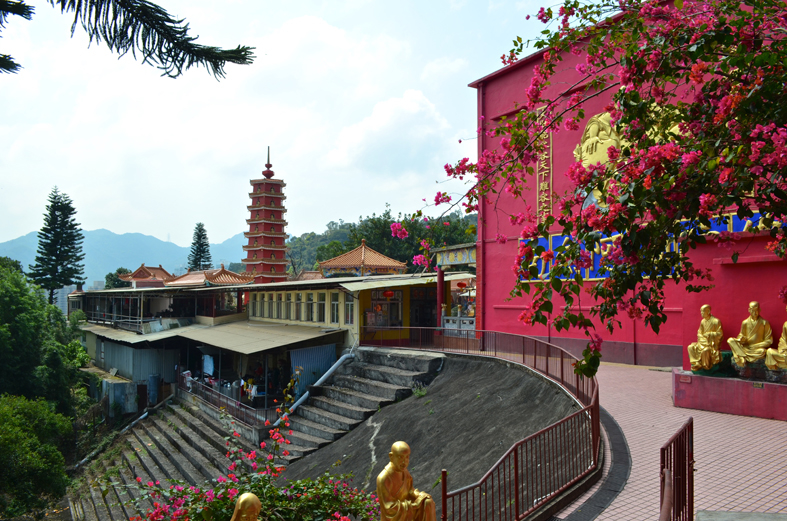 Mosteiro dos Dez Mil Budas (Ten Thousand Buddha Monastery), Hong Kong
