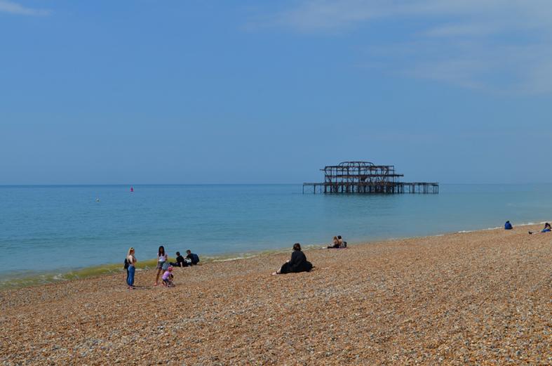 Píer destruído em Brighton - Sete Mil Km - Um dia em Brighton