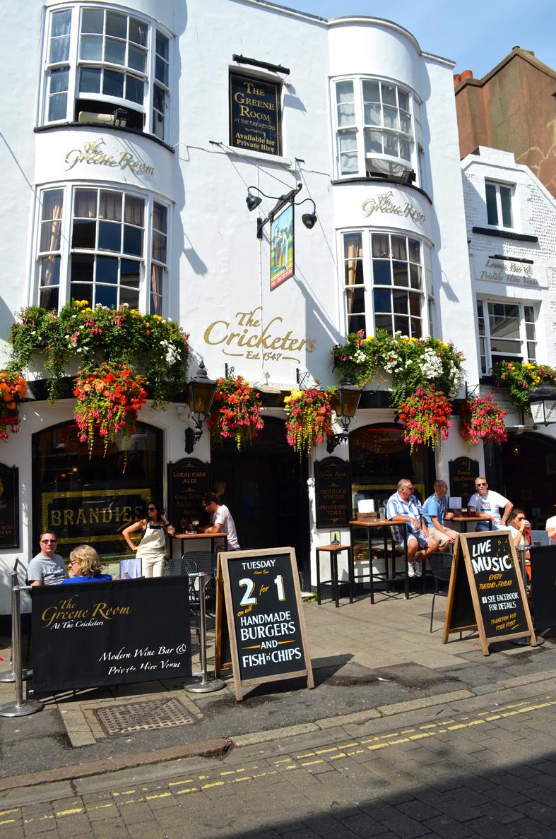 Pub em Brighton, Inglaterra - Sete Mil Km - Um dia em Brighton