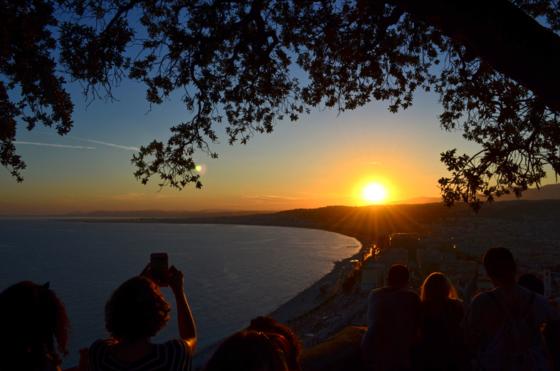Pôr do sol na Colline du Chatêau em Nice
