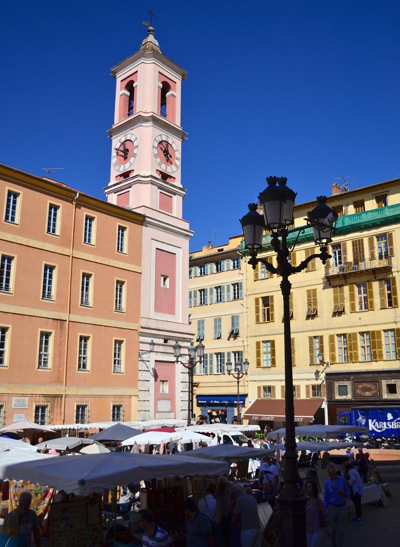 Mercado na Place du Palais de Justice em Nice